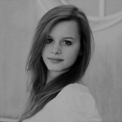 Riedl Emma